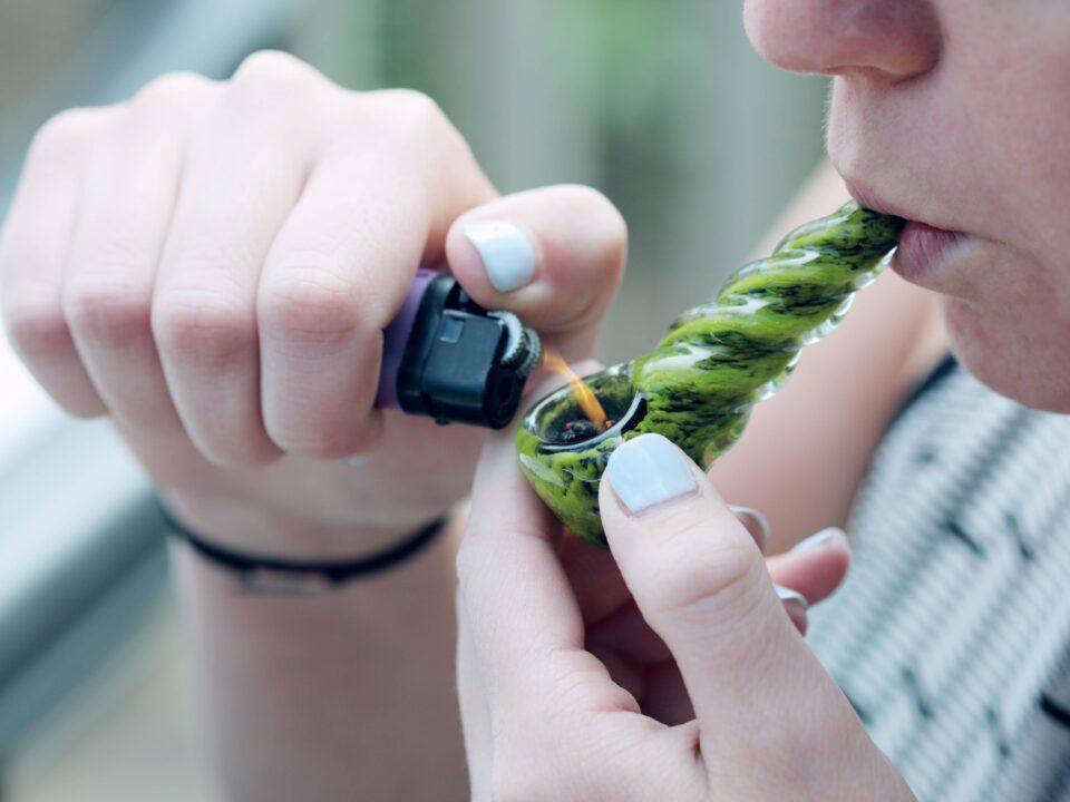 fumare CBD in Italia